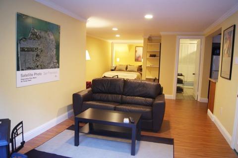 Ashbury Garden Studio Vacation Rental in San Francisco - RedAwning