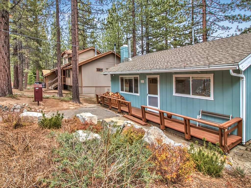 1199 tokochi street cabin ra134023 redawning for Rent a cabin in lake tahoe ca