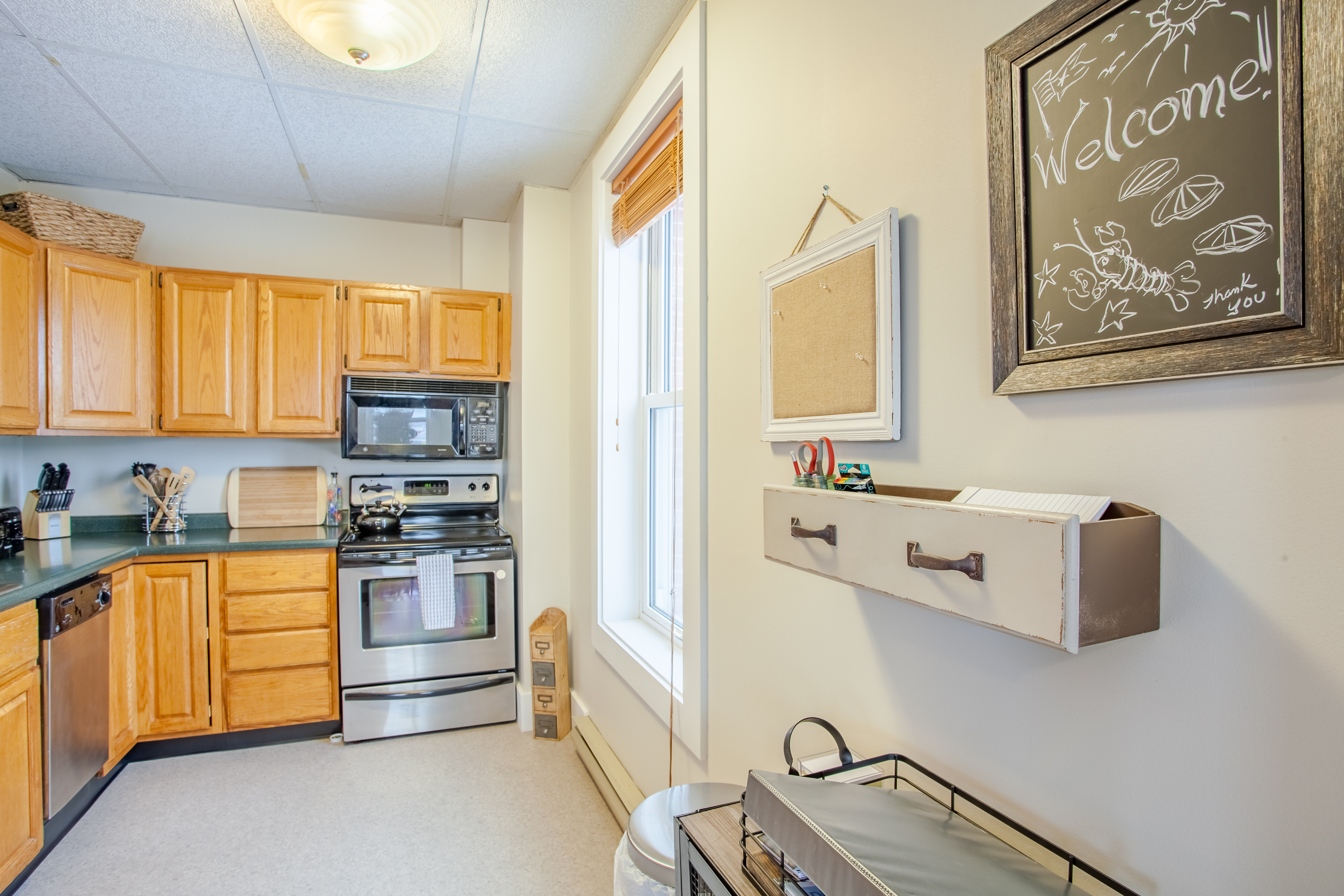 4 Commercial St Admirals Quarters Apts Vacation Al In Boothbay Harbor Redawning
