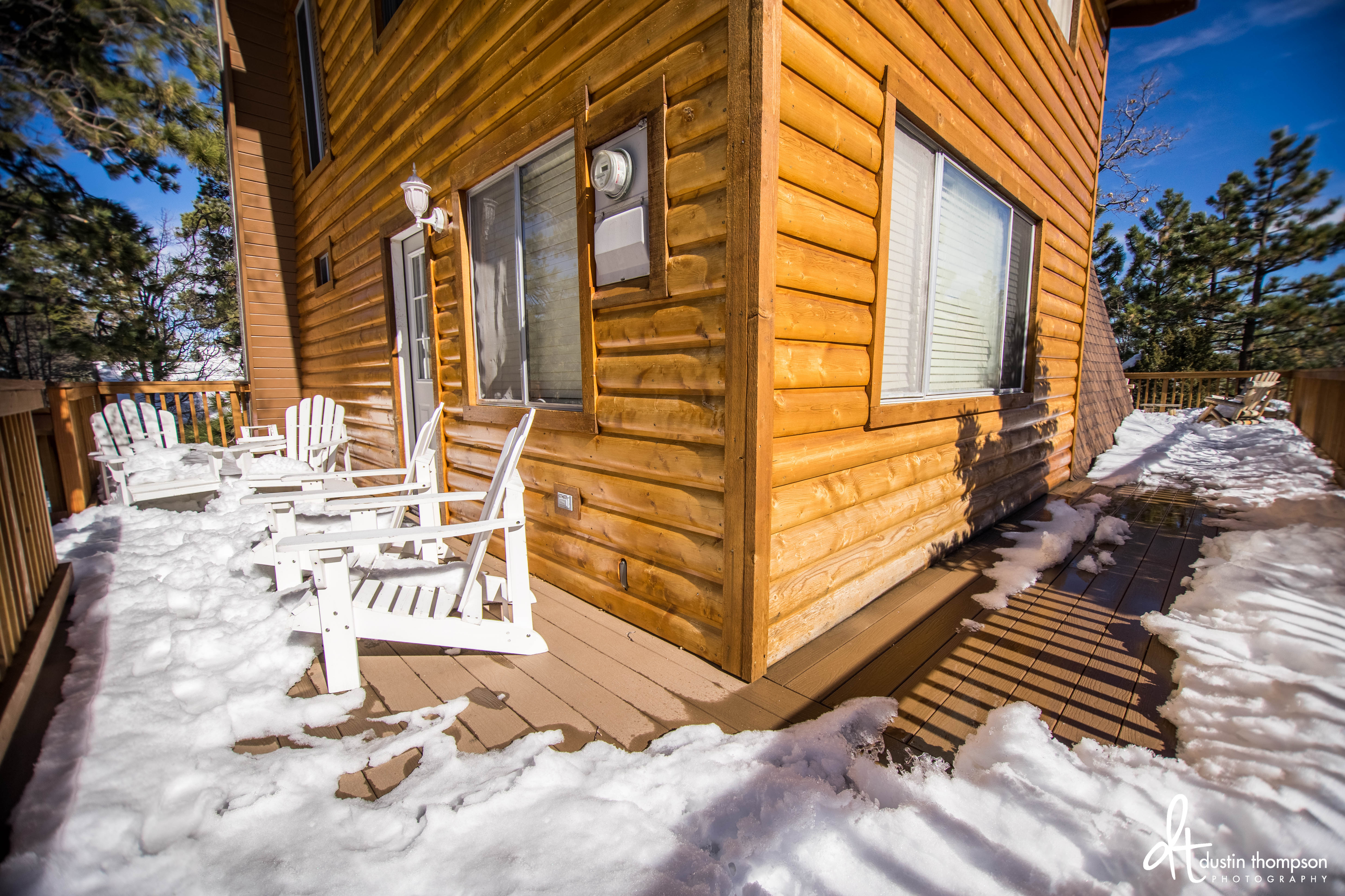 lodge cabin ironwood cabins reservations big rentals with jacuzzi bear livingroom