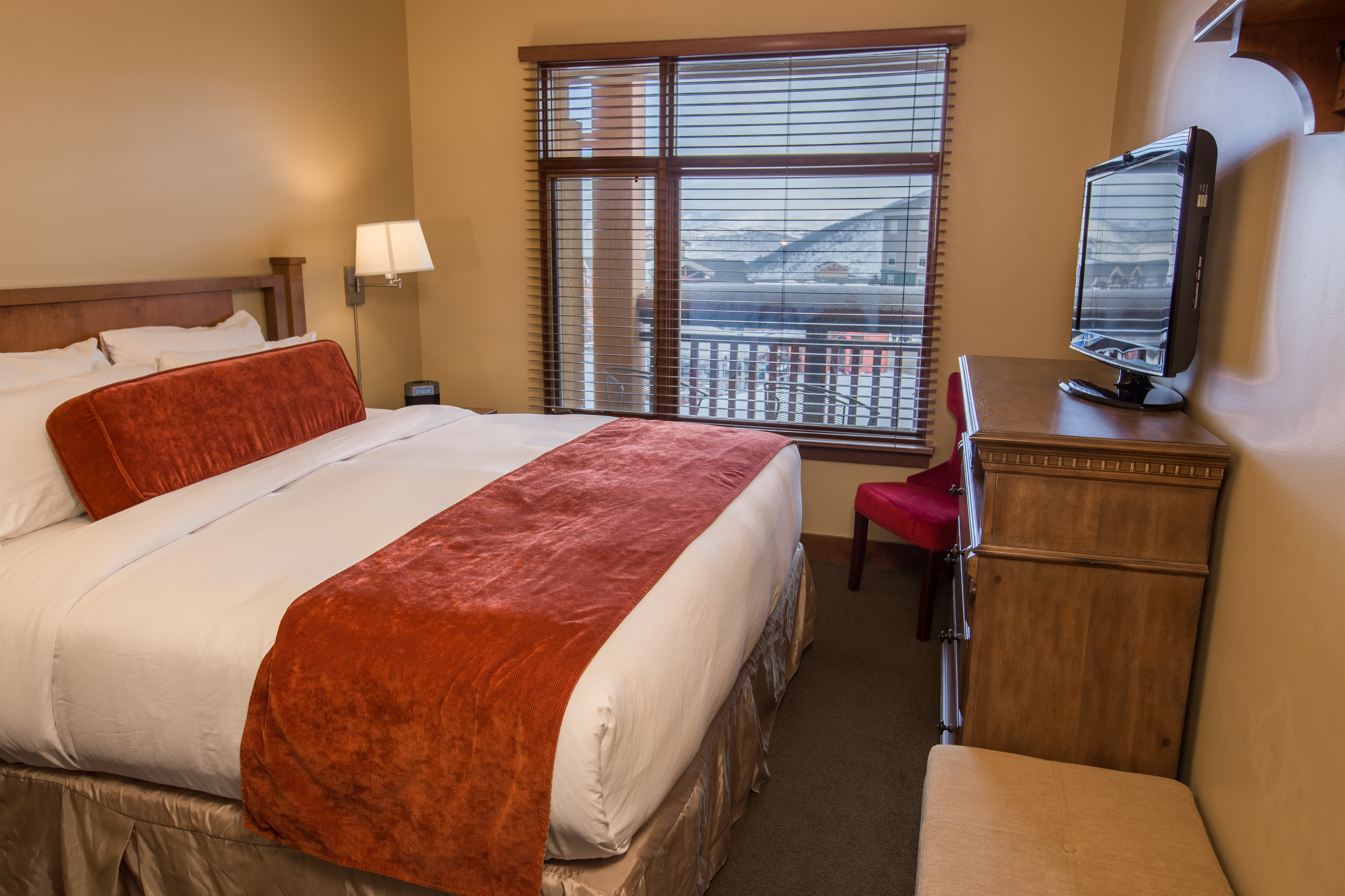 1 Bedroom Suite With Rooftop Hot Tub! Vacation Rental In Park City    RedAwning