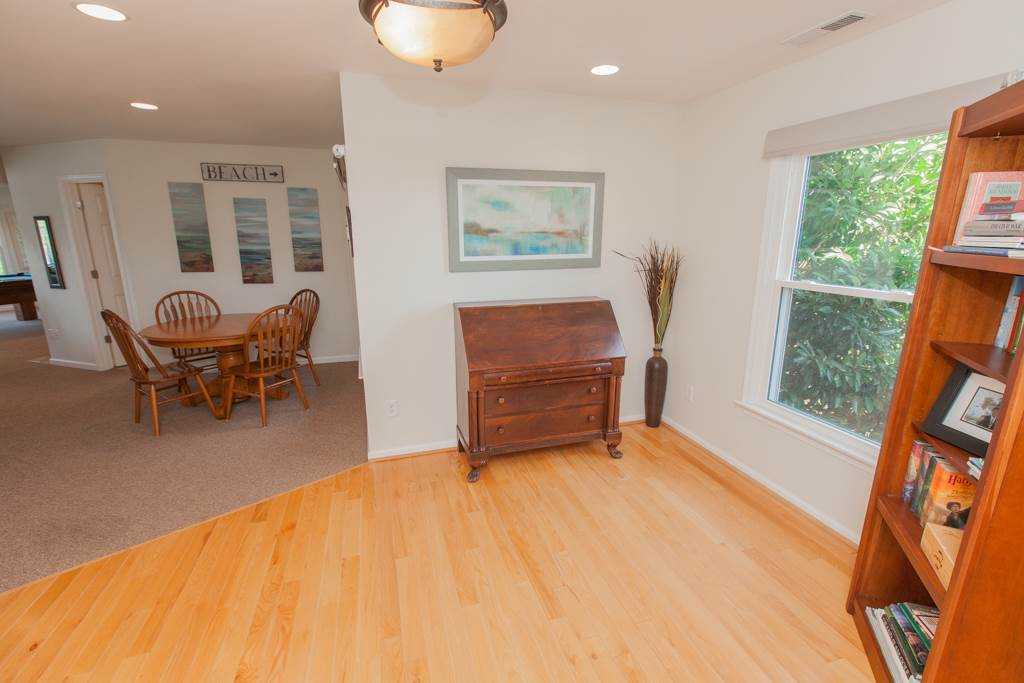 world away furniture. wonderful world a world away vacation rental in virginia beach  redawning with furniture
