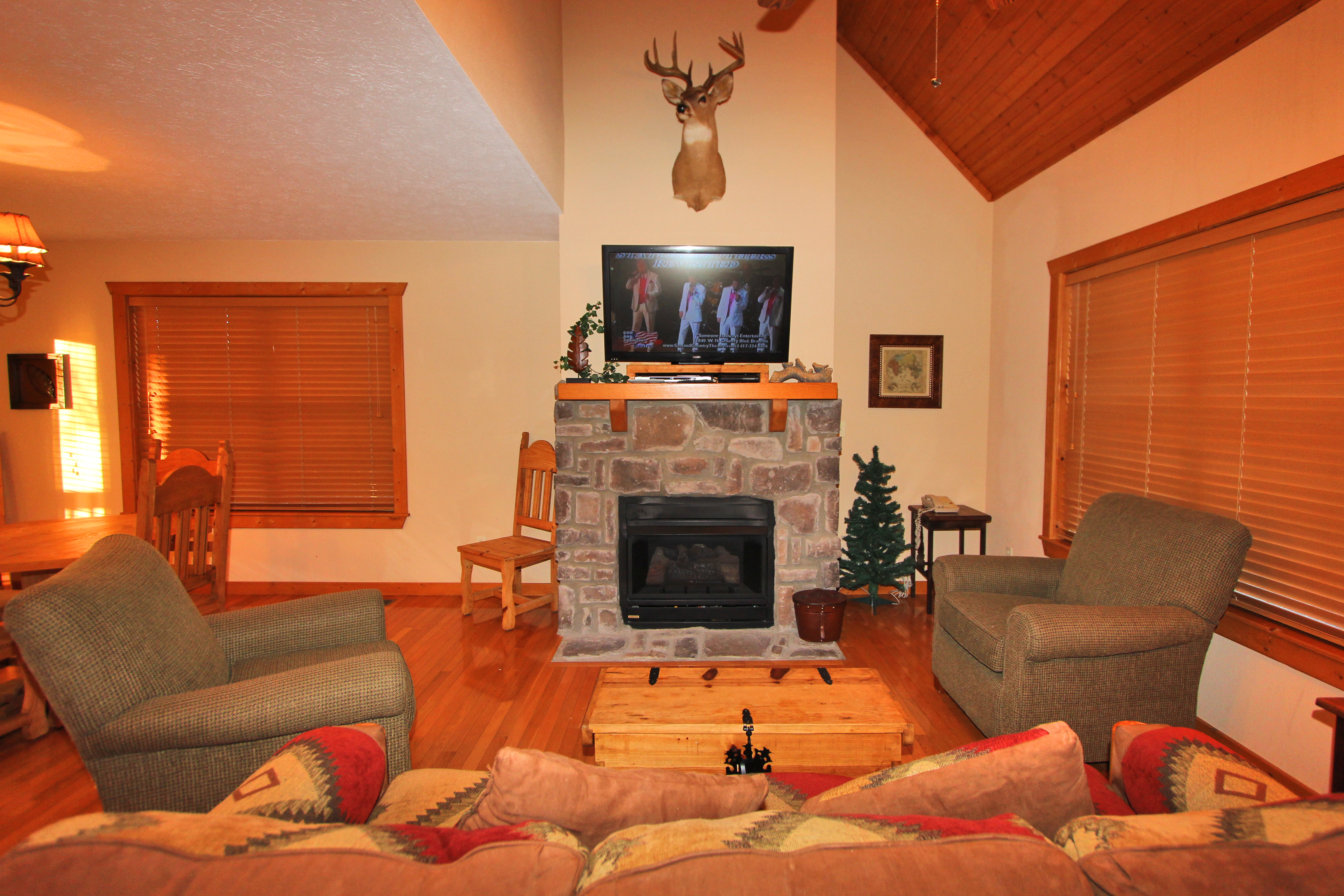 lodge in vacation packages photos best branson cabin hotels big of visit cabins a for list cedar