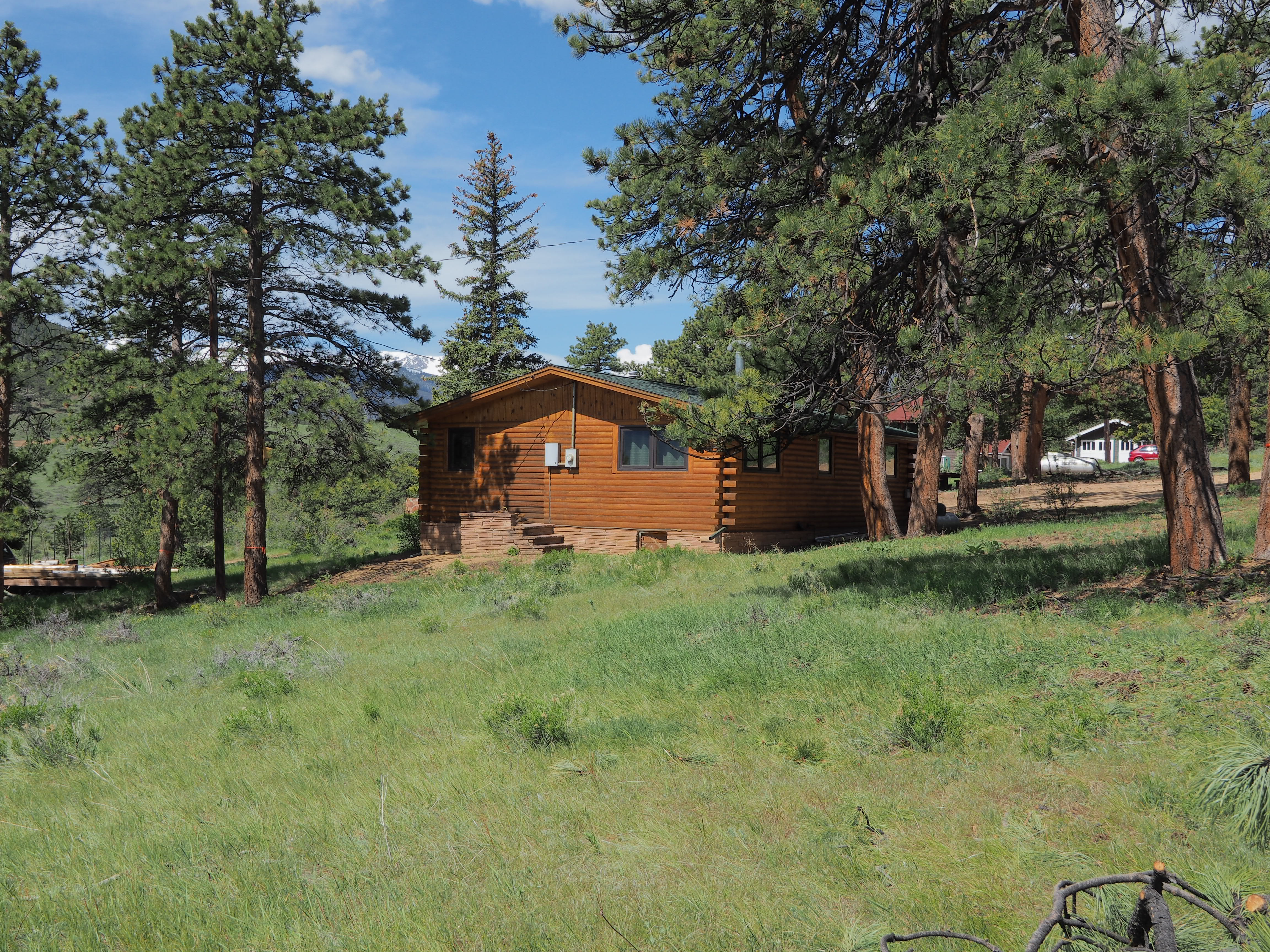 exterior colorado the lodge cabins resorts historic estes crags park by listings hcl diamond