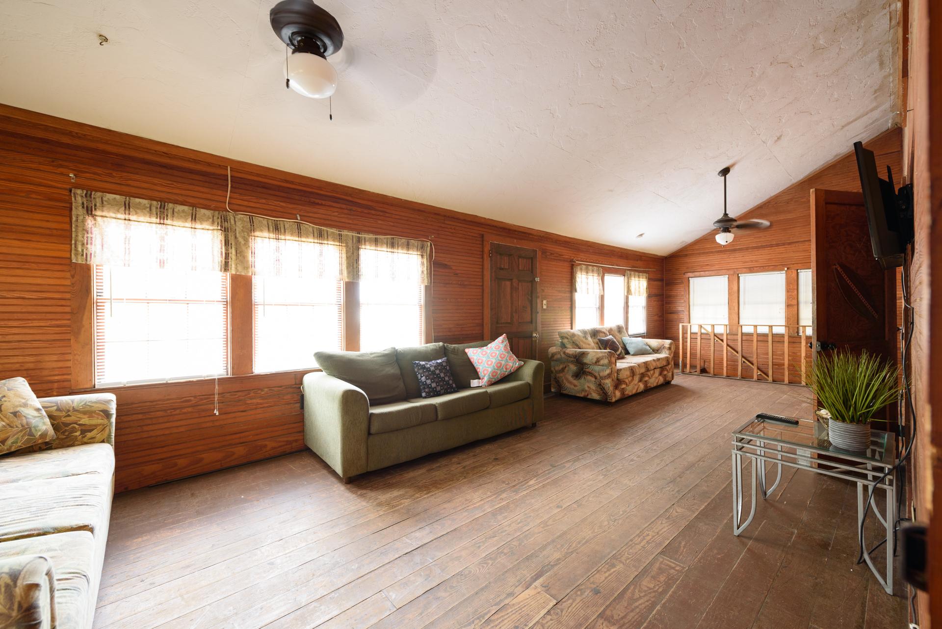 Pong House #120410 ~ RA156272   RedAwning