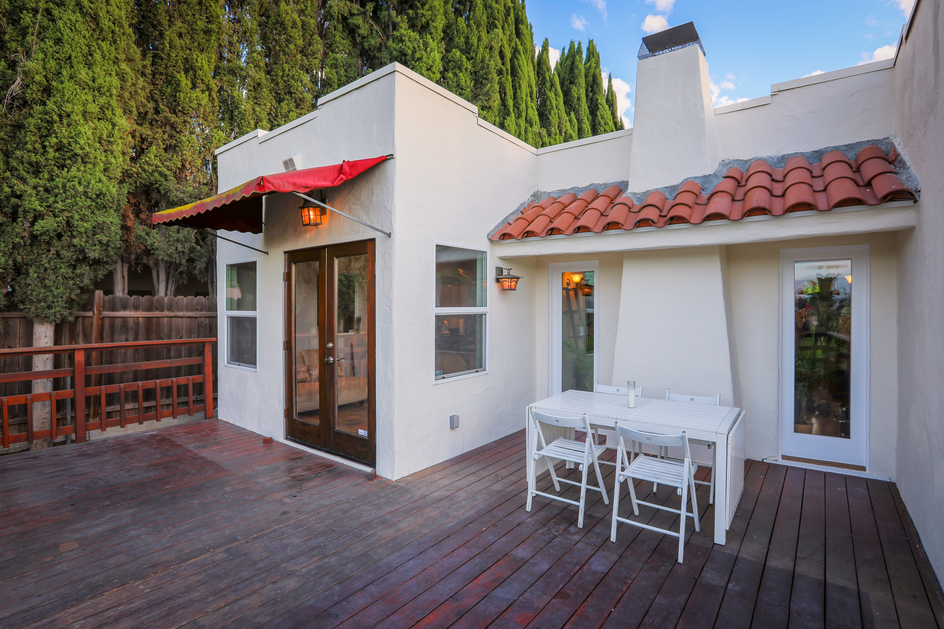 1167 montecito dr house ra165549 redawning for Los angeles holiday rental