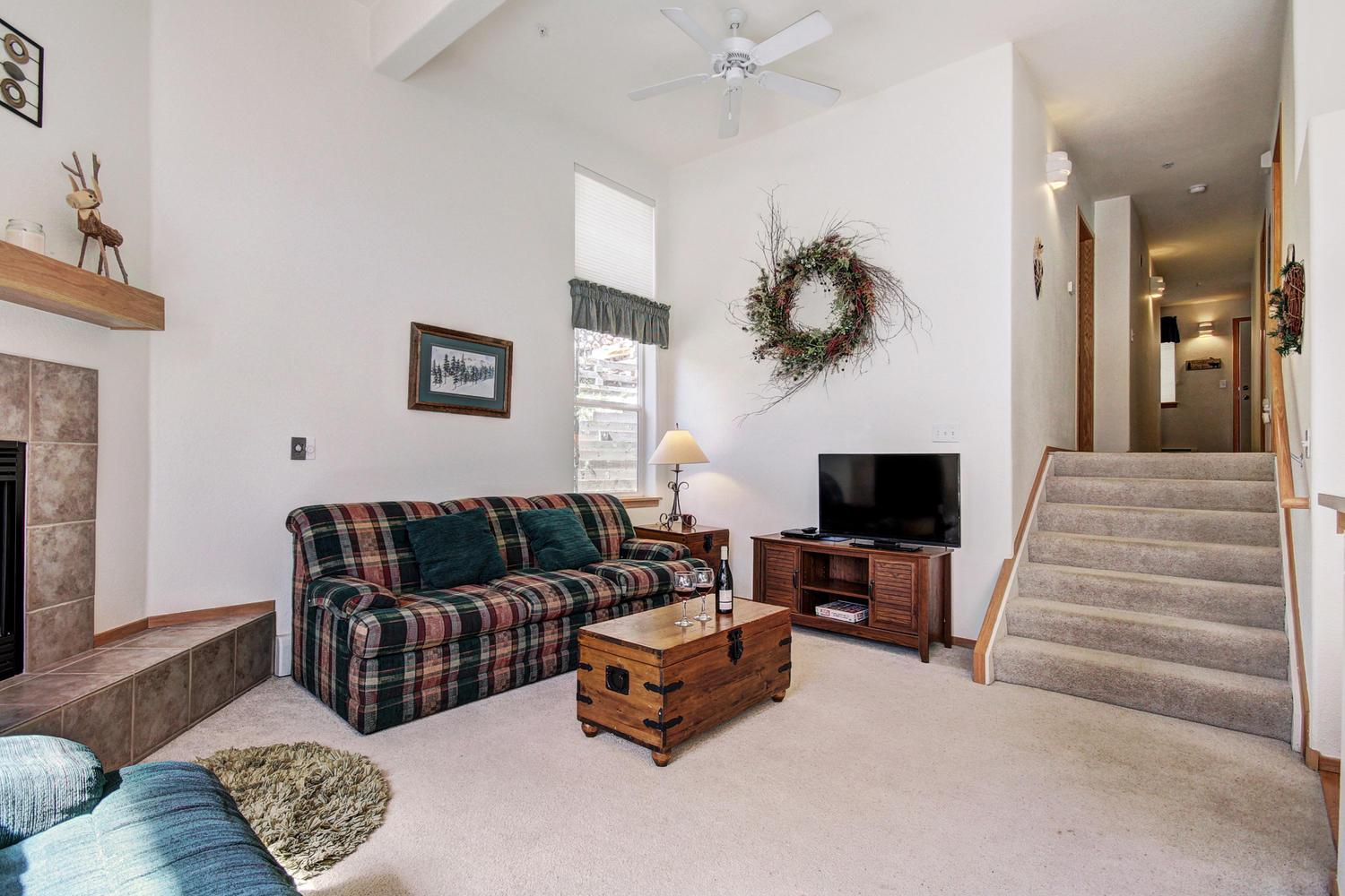 A5 Gore Trail ~ RA166359 | RedAwning