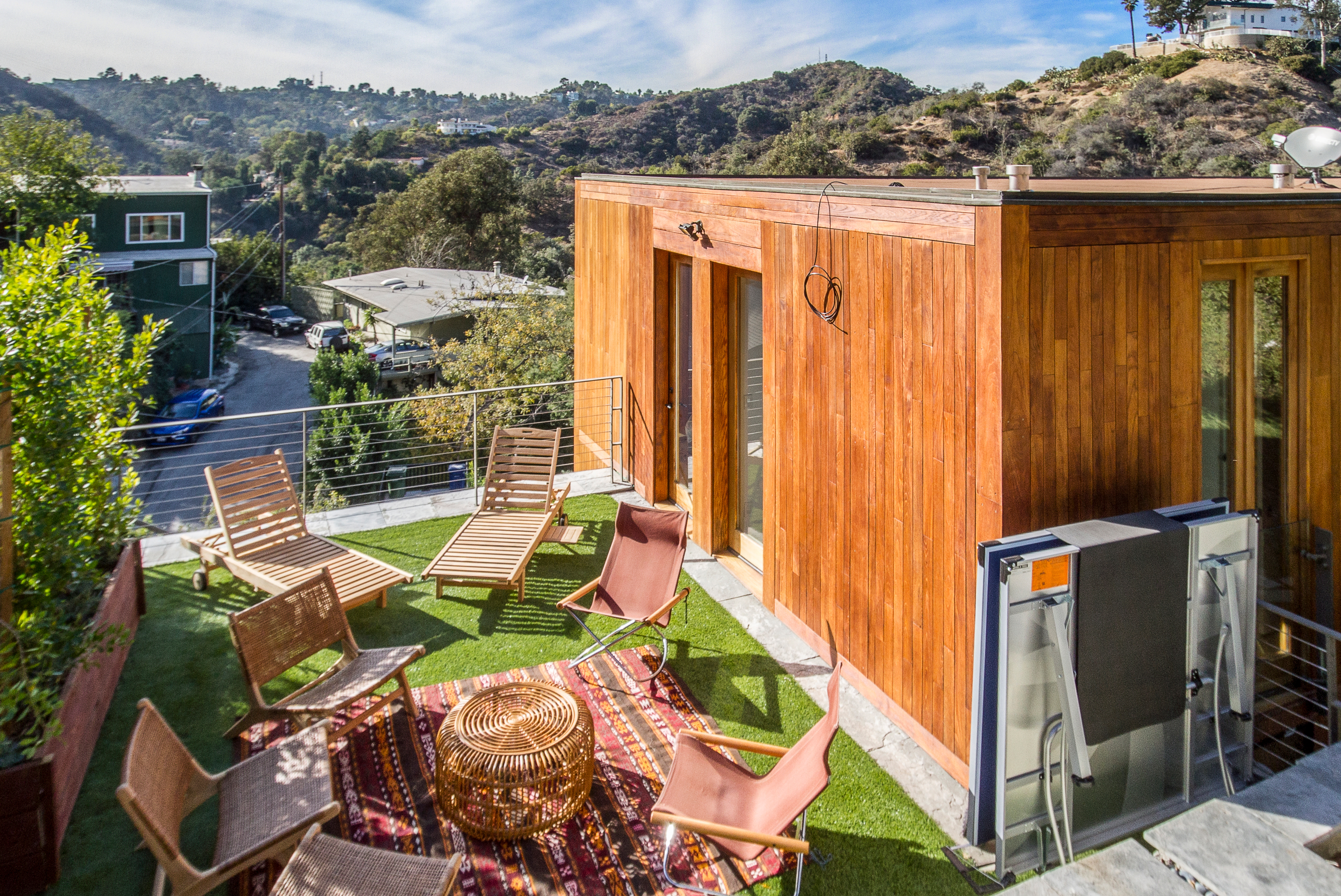 2540 thames st home ra174321 redawning for Los angeles holiday rental