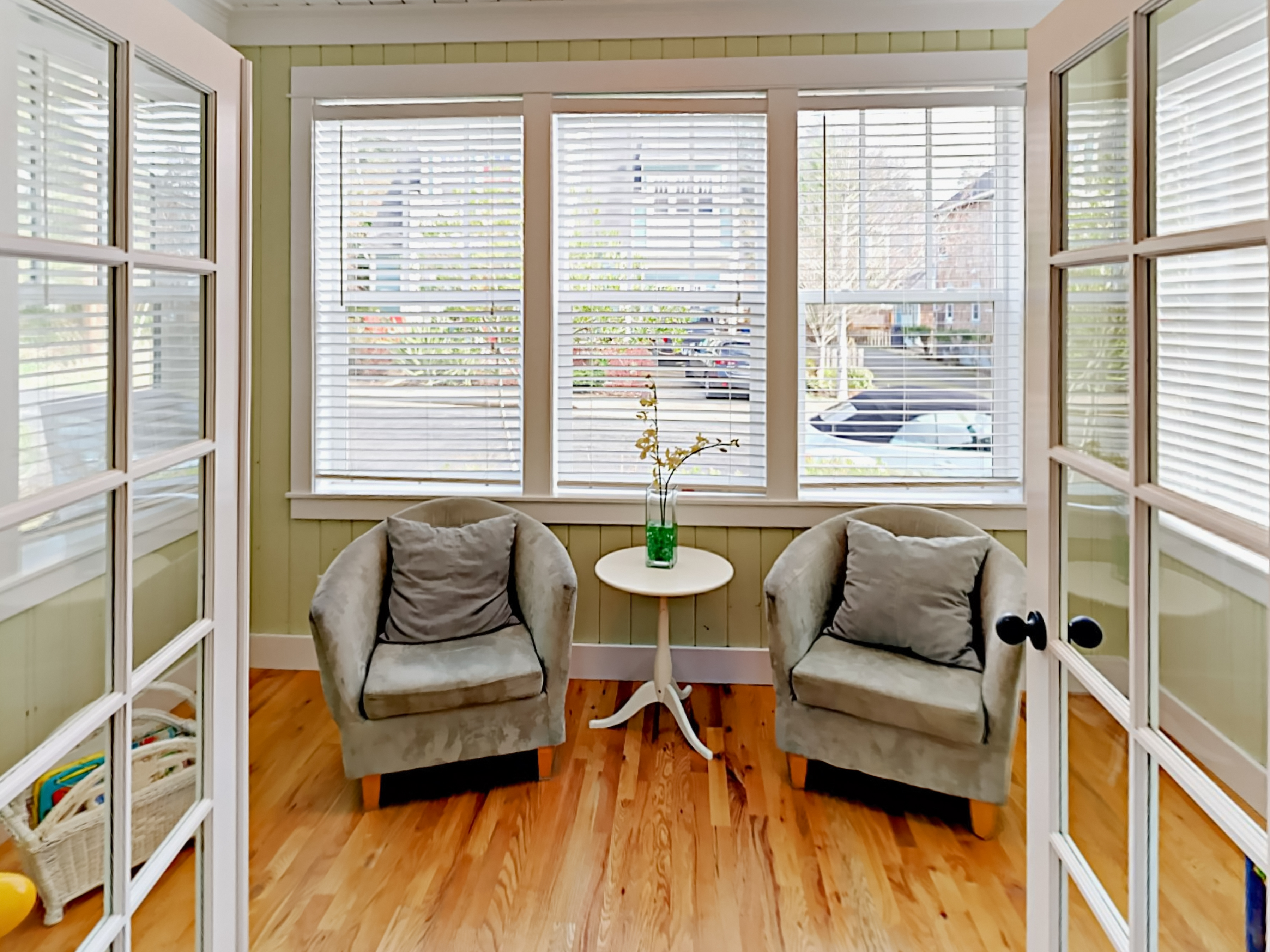 beach oregon booking house kitchen city rentals rental heathergate lincoln or dining