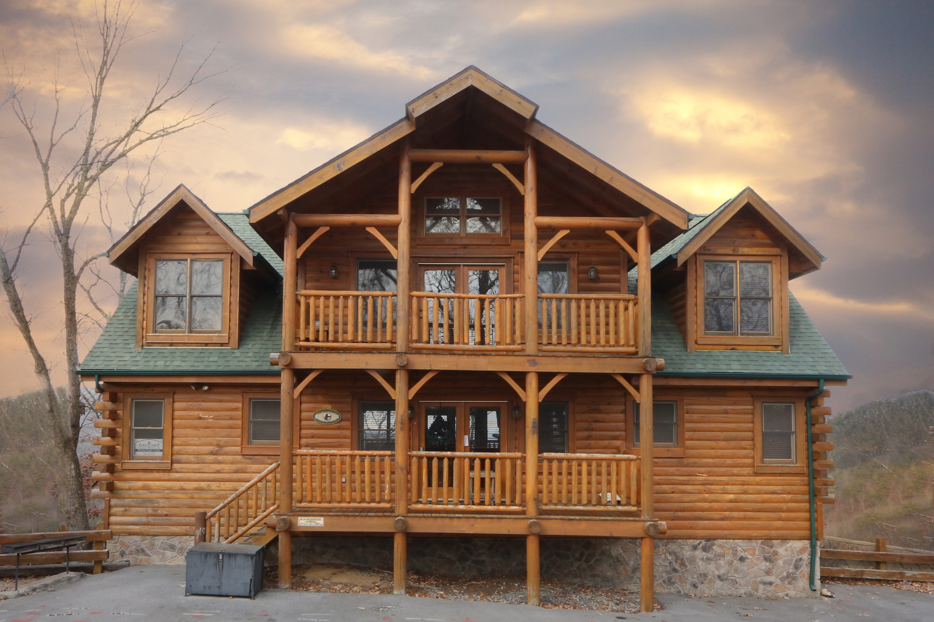 rental pin living decorating log best forge pigeon cabin gatlinburg pictures cabins in rooms over tn night