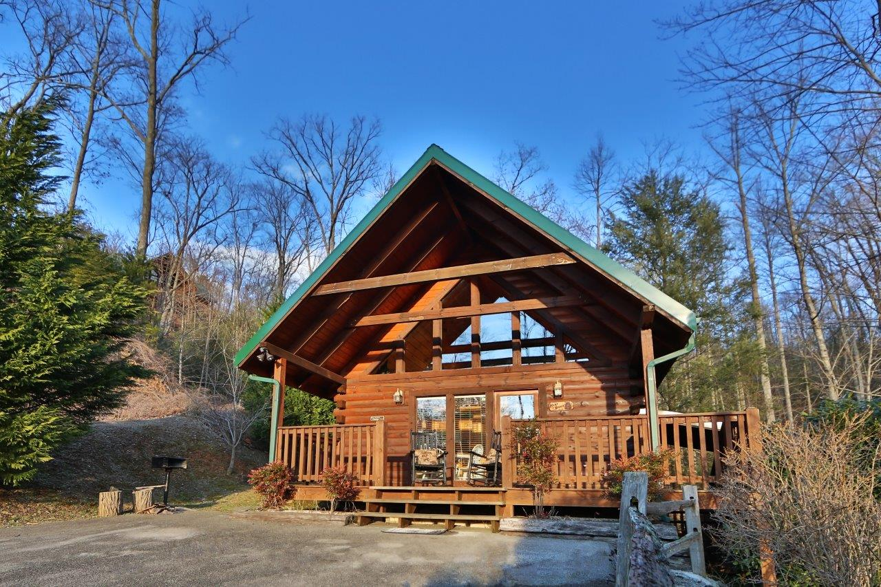 Hugs n kisses ra59565 redawning for Endless joy cabin gatlinburg