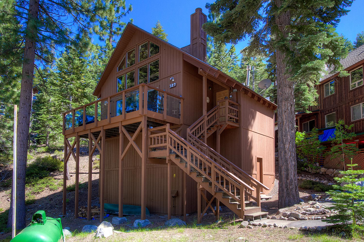 Pet friendly cute cabin located in meeks bay with a for Lakeview cabin download