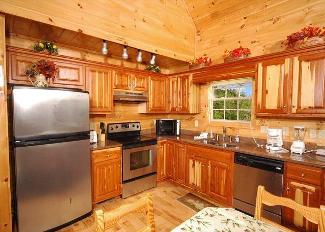 Hillbilly Hilton #525 Vacation Rental In Gatlinburg   RedAwning