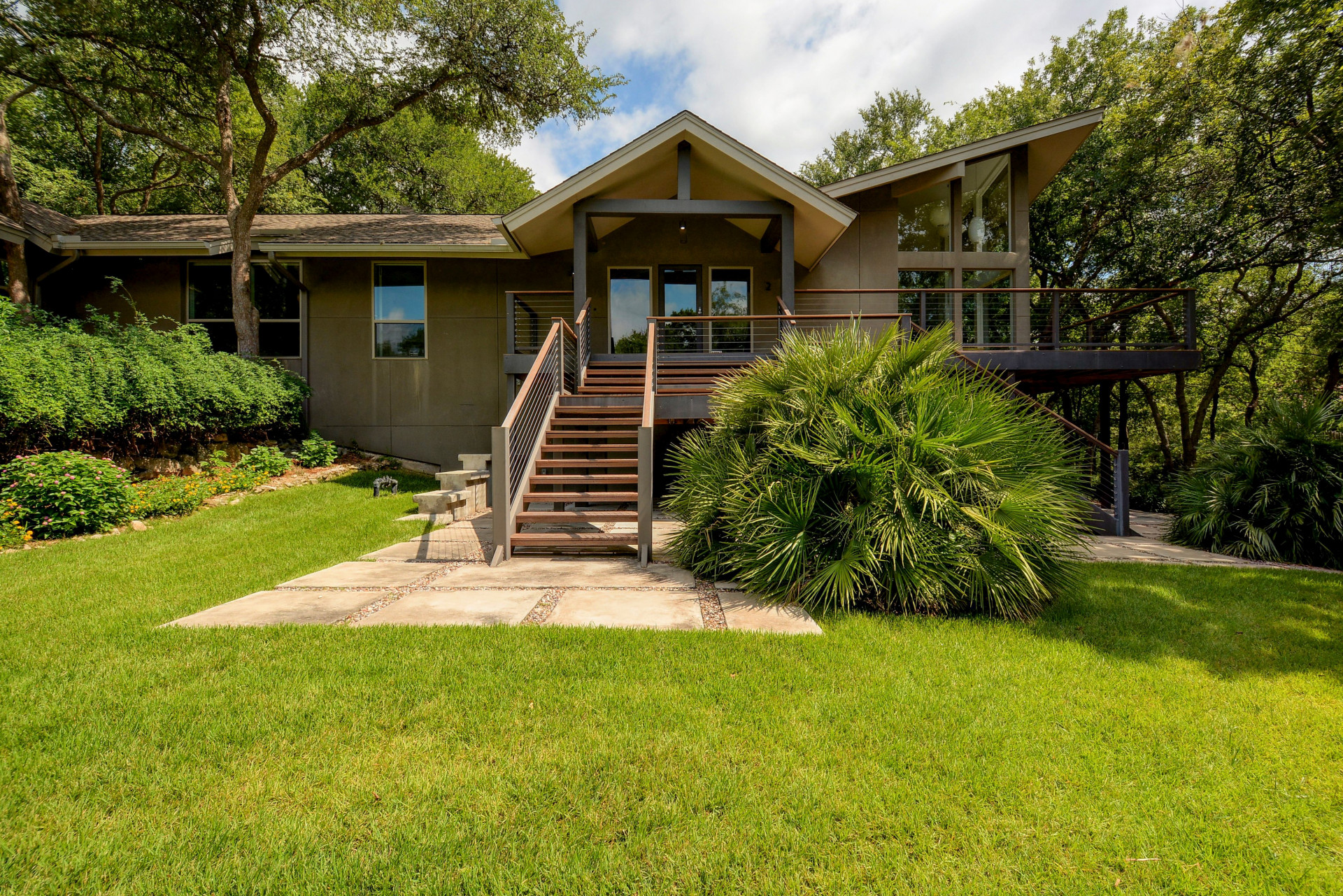 2 hidden cove house in austin ra88081 redawning for Austin cabin rentals