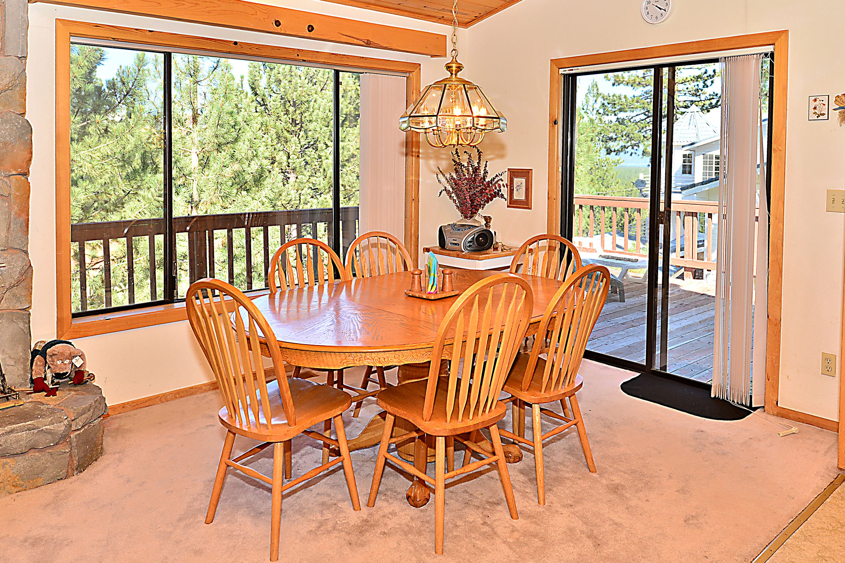 4BR South Lake Tahoe Multi Level House RA