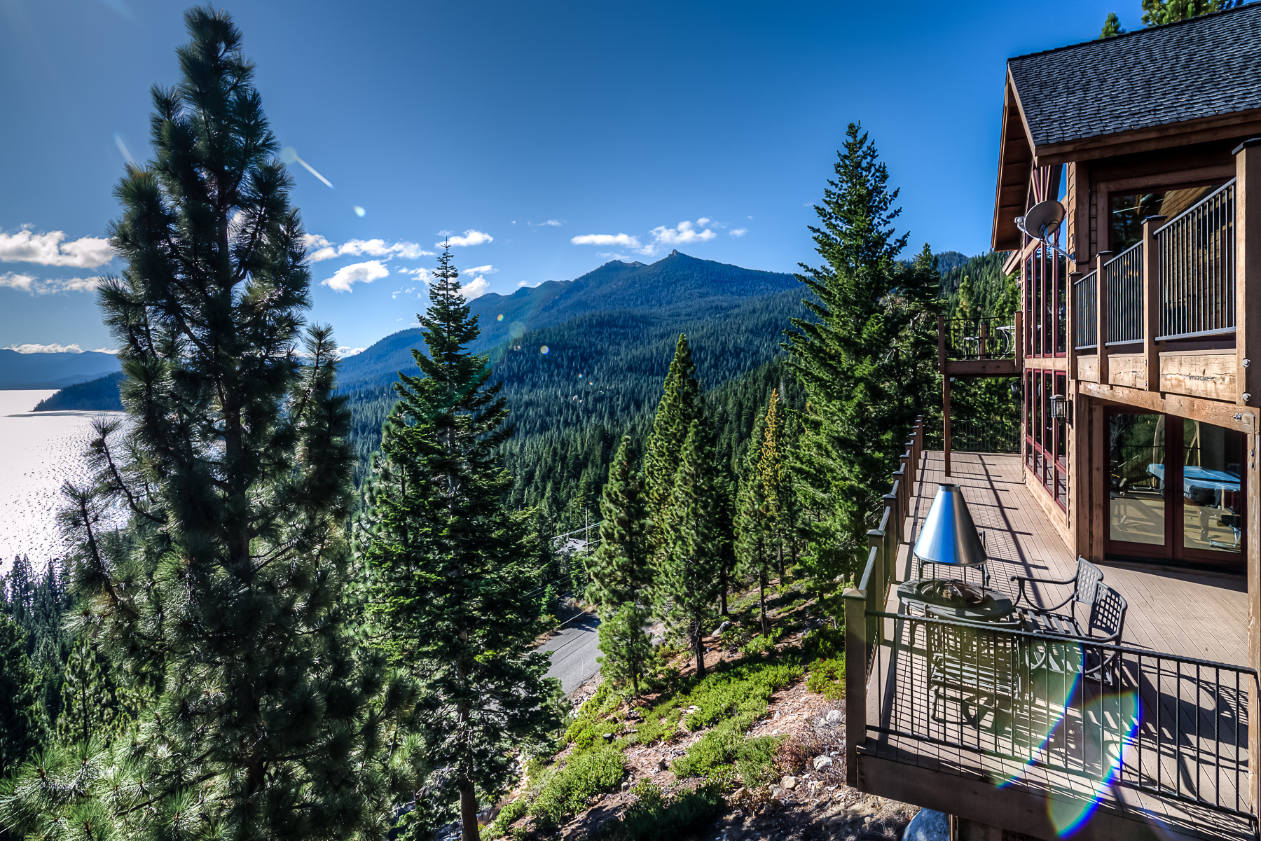 Unforgettable lake tahoe cabin ra88784 redawning for Rent a cabin in south lake tahoe