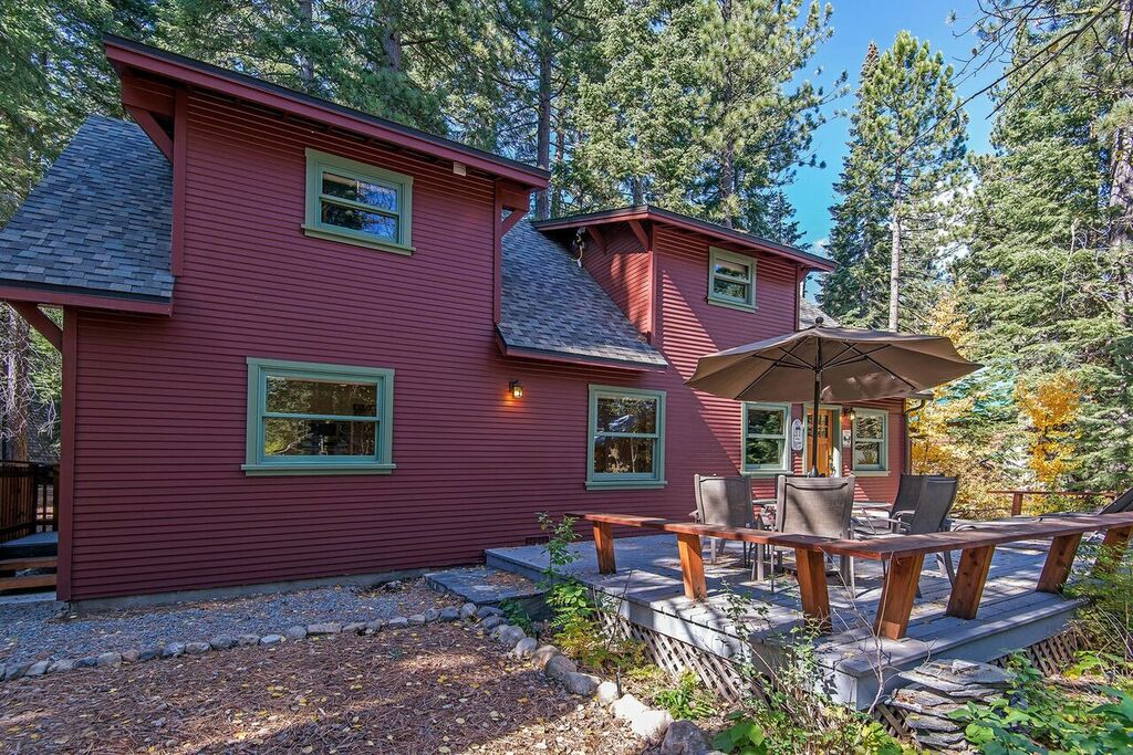 knotty pine cabin in north lake tahoe ra88997 redawning
