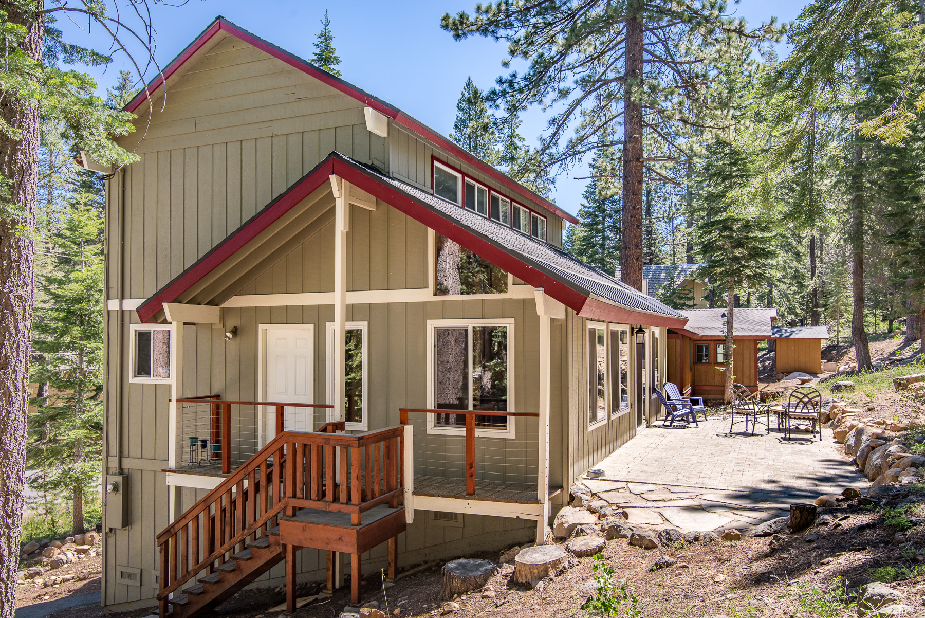 condo redawning hotel cottages property truckee rental vacation way cottage in snowpeak