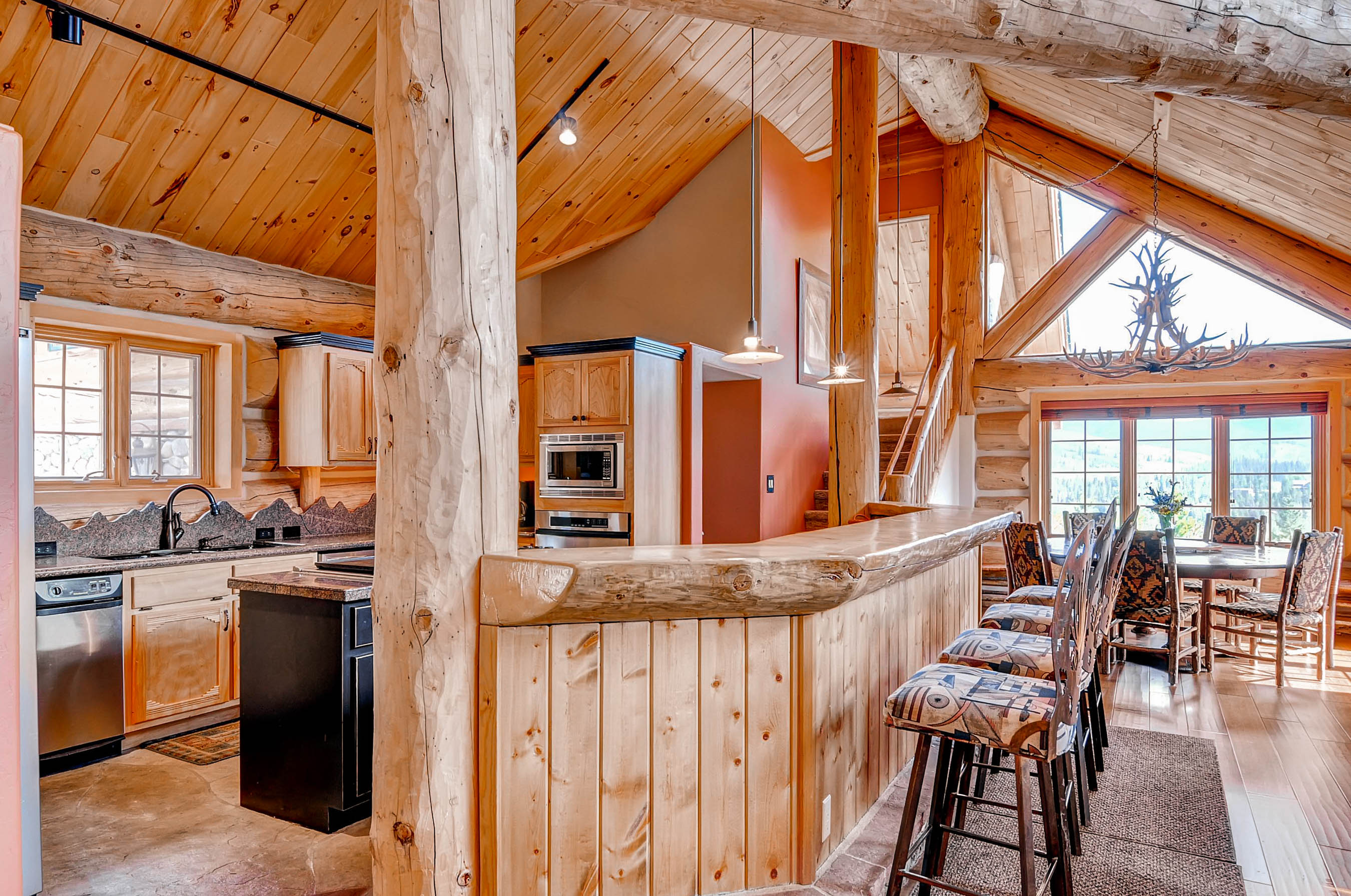 Epic Log Cabin In The Pines Vacation Rental In Dillon   RedAwning