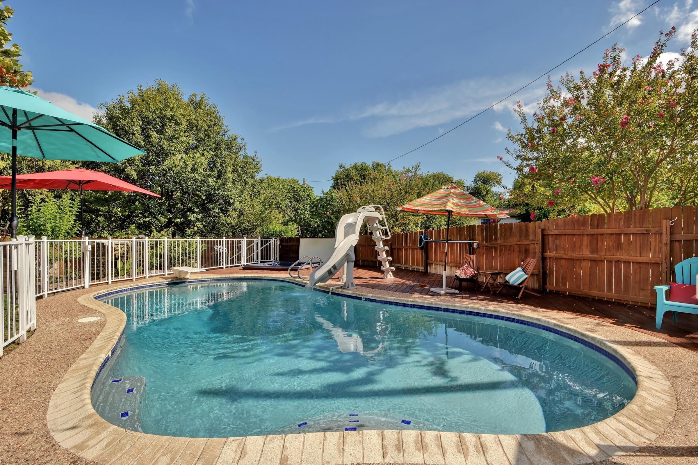 Backyard Oasis with Pool and Hot Tub RA