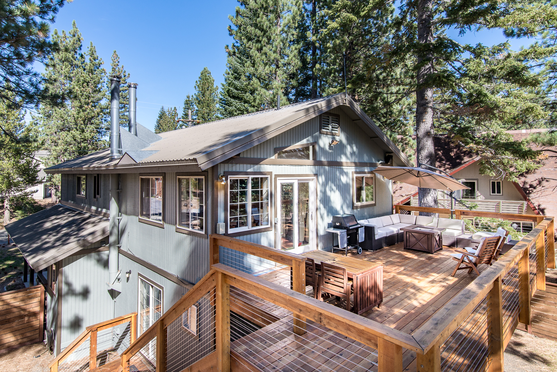 South lake tahoe cabin in the pines ra89844 redawning Rent a cabin in lake tahoe ca