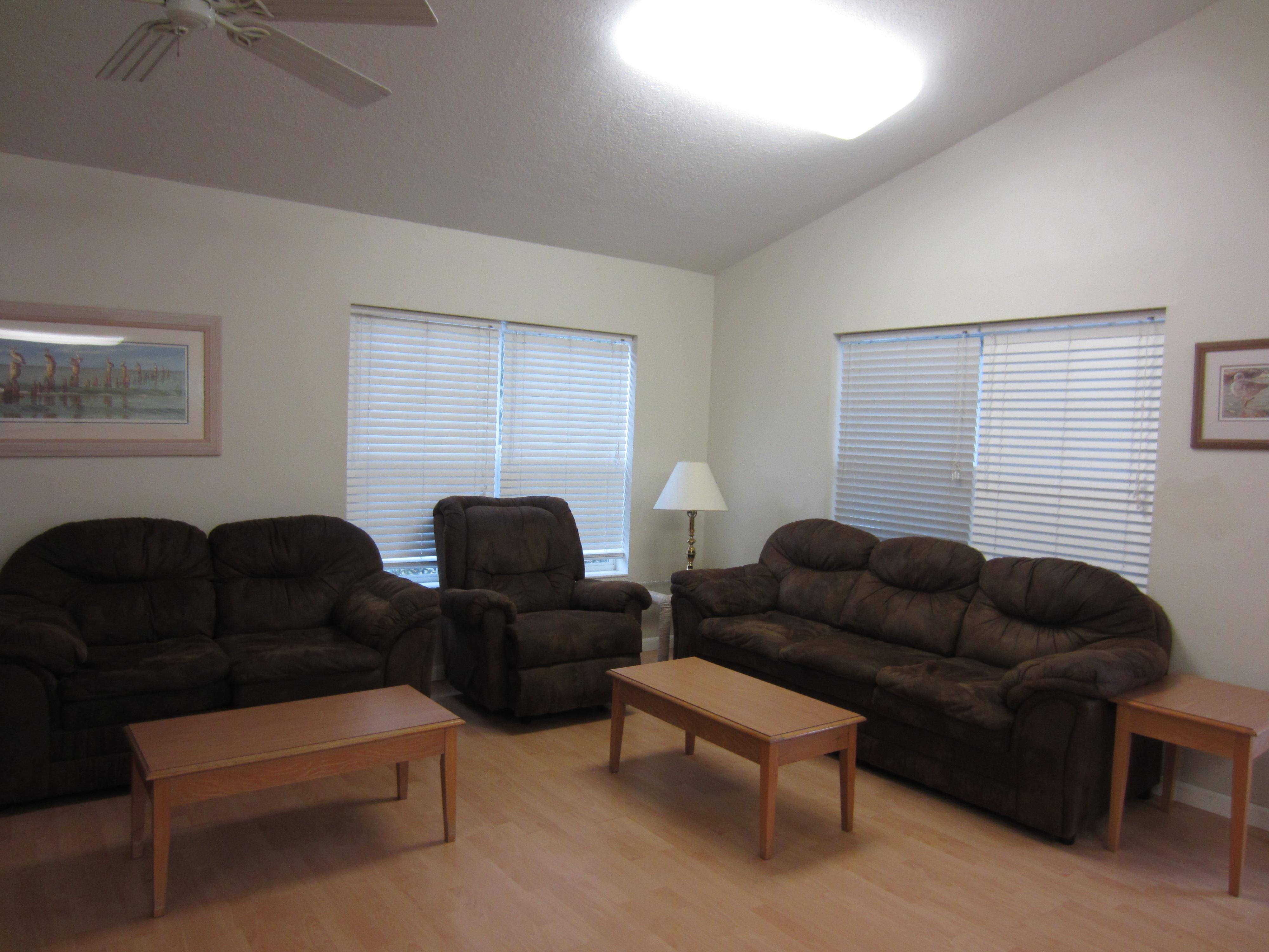Group Friendly Tarpon Springs Duplex Vacation Rental In Tarpon Springs    RedAwning