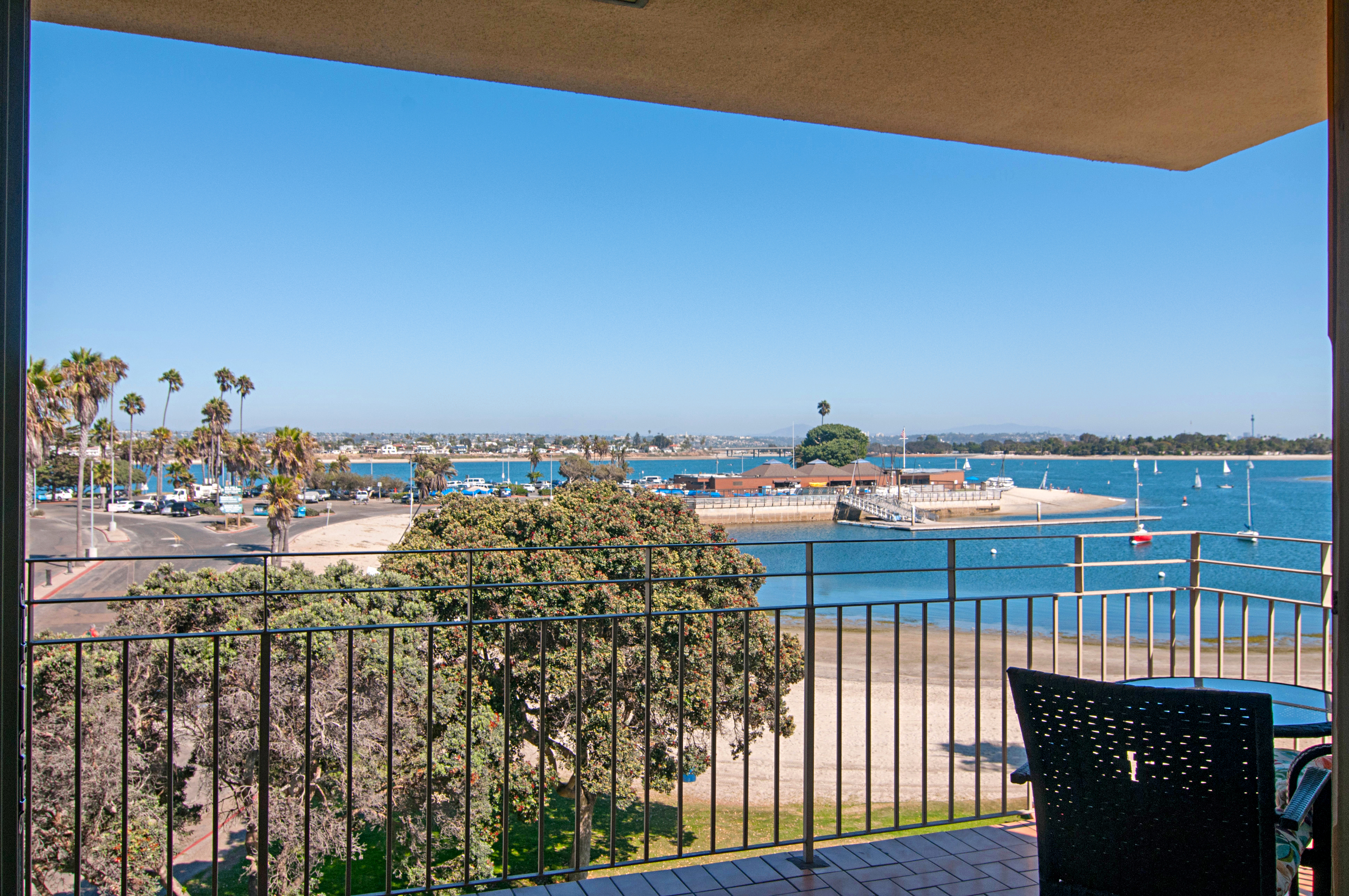 Mission Beach Condo W Bayside Views Ra91543 Redawning