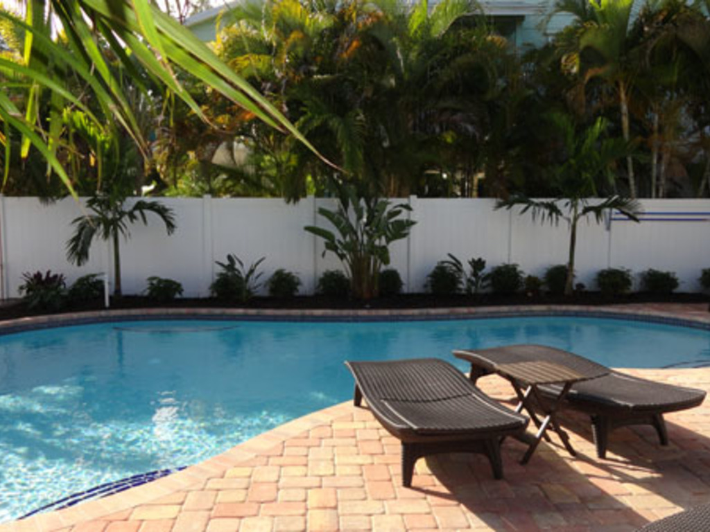 Anna Cabana Bungalow #2 Vacation Rental in Holmes Beach - RedAwning