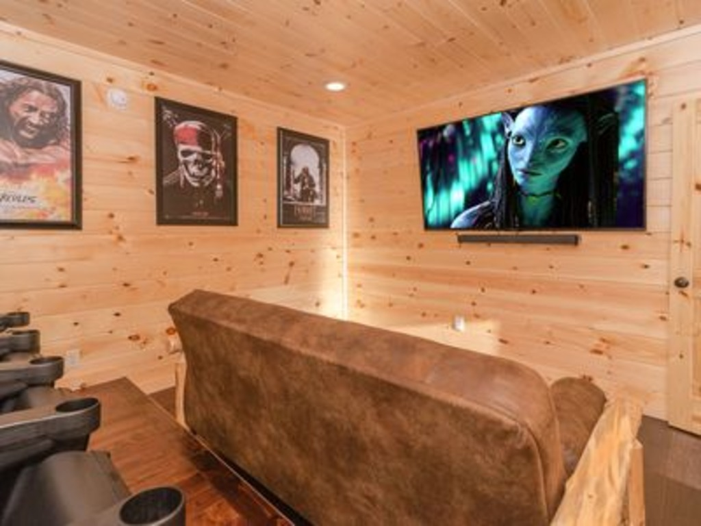 and elegant pinspirationaz bedroom cabins view gatlinburg cabin love i views luxury with spectacular com one theater