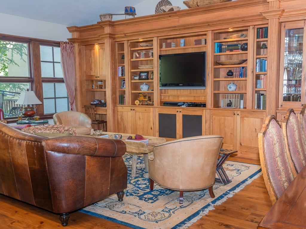 Stunning Western Inspired Private 3 Bedroom Villa ~ RA315645 ...