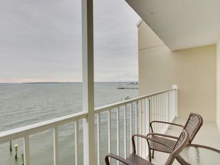 Wight Bay Condominium 461