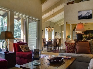 2Br+ Loft- Step Into Your Private Home In The Heart of Vail
