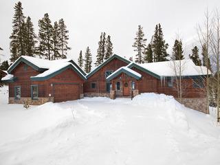 Pine Needle Lodge House