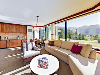 Squaw Creek 1BR King Suite Corner Valley View