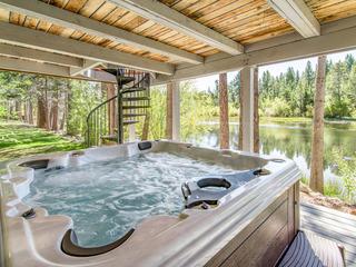 Tahoe Keys Home on Lagoon