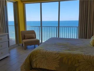 Boardwalk Beach Resort- Large Two Bedroom