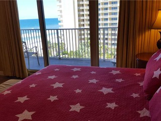 Shores of Panama- Family Two Bedroom Suite