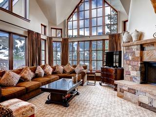 Luxury Ski-in 3 Br Penthouse Inside Pines Lodge, Sleeps 10!