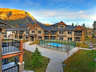 Clique Hotels & Resorts One Queen Bedroom, Executive Condo