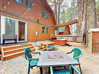 Large S. Lake Tahoe Home w/ Hot Tub