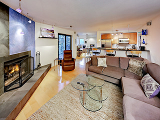 Modern & Mountain-View Vail Condo