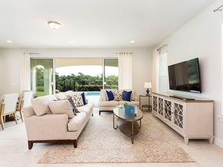 LE630X-5/4.5, Pool, BBQ Grill, Free Waterpark, Golf View Near Disney