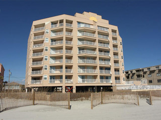 Hyperion Towers 102 vacation condo