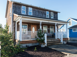 Chinook Cedar Home