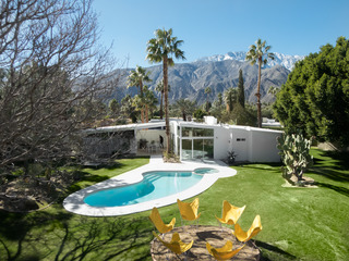 3BR/2BA Modernist w Pool/ Jacuzzi In Palm Springs