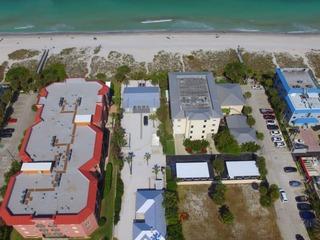 3 Palms Beach House