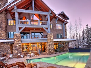4Br condo, Ski-in/out. Sleeps 10 Bear Paw Lodge