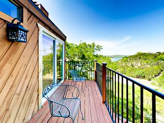 Lakeside Spicewood Cabin w/ Pool
