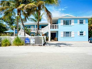 Anna Maria Beach Place, Unit 1