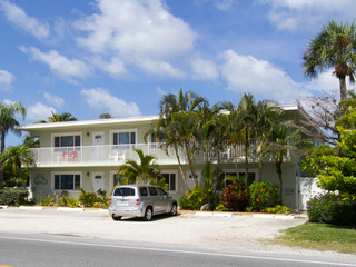 Palm Cay 5